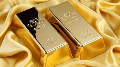 الذهب يواصل الهبوط مع تهافت المستثمرين على جمع السيولة