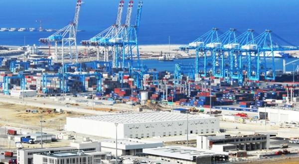 مراقبة الأنشطة المتعلقة بالتصدير والاستيراد