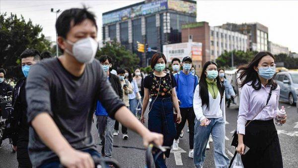 الصين تعزل نصف مليون شخص
