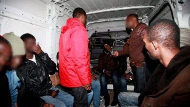 وفاة مهاجر من إفريقيا جنوب الصحراء