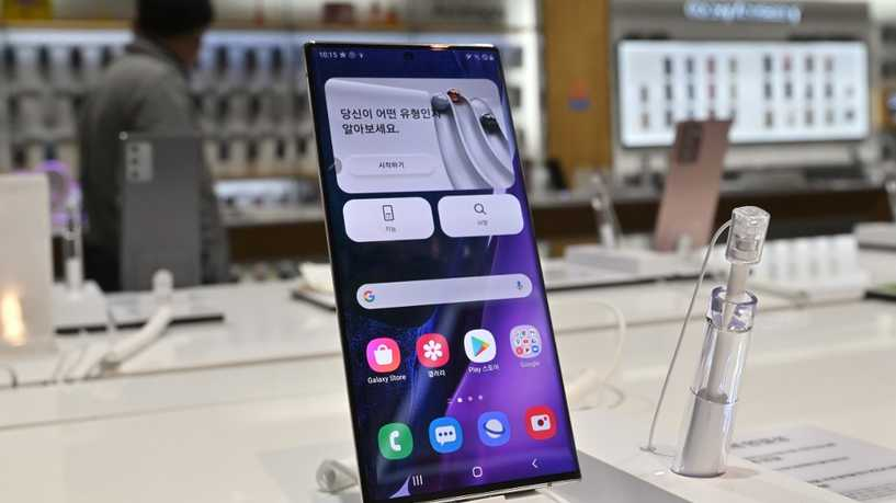 سامسونغ تعلن عن موعد مبكر للكشف عن هاتفها الجديد