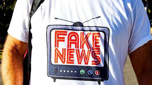 """اليوم العالمي لحرية الصحافة.. الجودة والمصداقية لقاحا لـ""""جائحة"""" الأخبار الزائفة"""