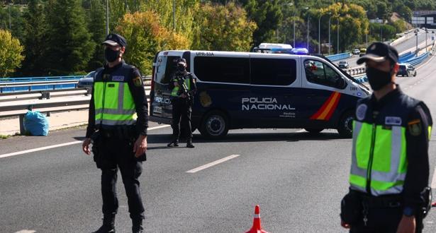 القيود الصحية تعود تدريجا في إسبانيا على وقع موجة وبائية خامسة