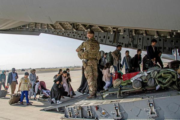 عمليات الإجلاء على وشك الانتهاء في أفغانستان