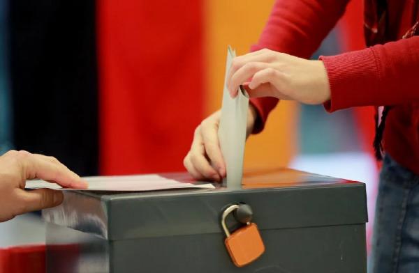 مرشحون من أصول عربية في الانتخابات الألمانية
