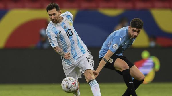 أرجنتين ميسي تذل الأوروغواي