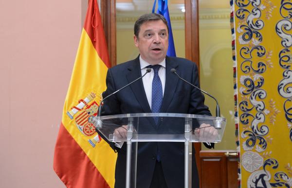 وزير الفلاحة والصيد البحري والتغذية الإسباني، لويس بلاناس