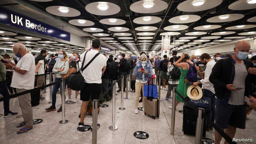 منع الأوروبيين من دخول بريطانيا باستخدام بطاقات الهوية يدخل حيز التنفيذ الجمعة